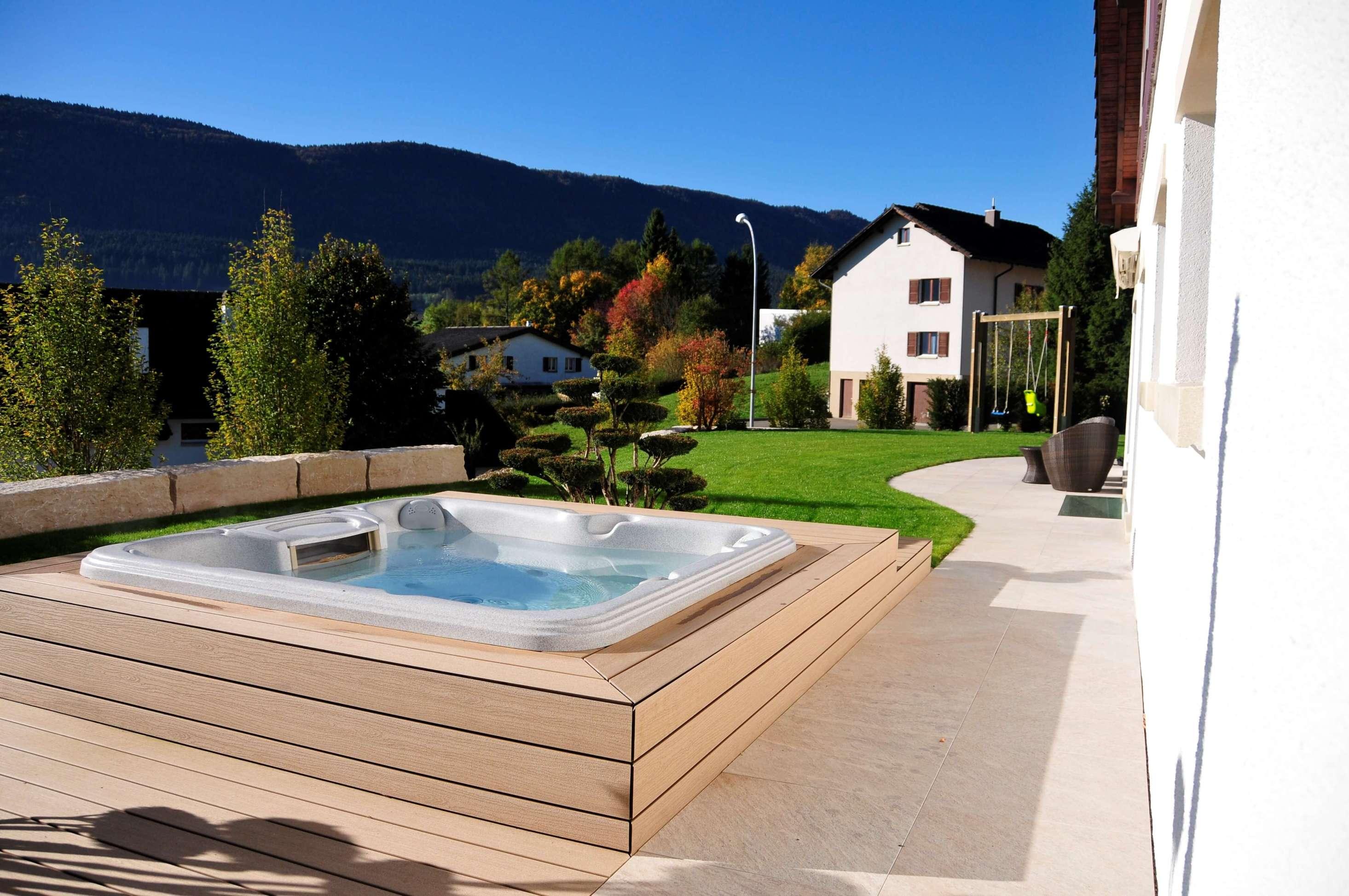jardin suisse jura bernois berne aellig paysages valbirse jaccuzi spa jardin privé (2)