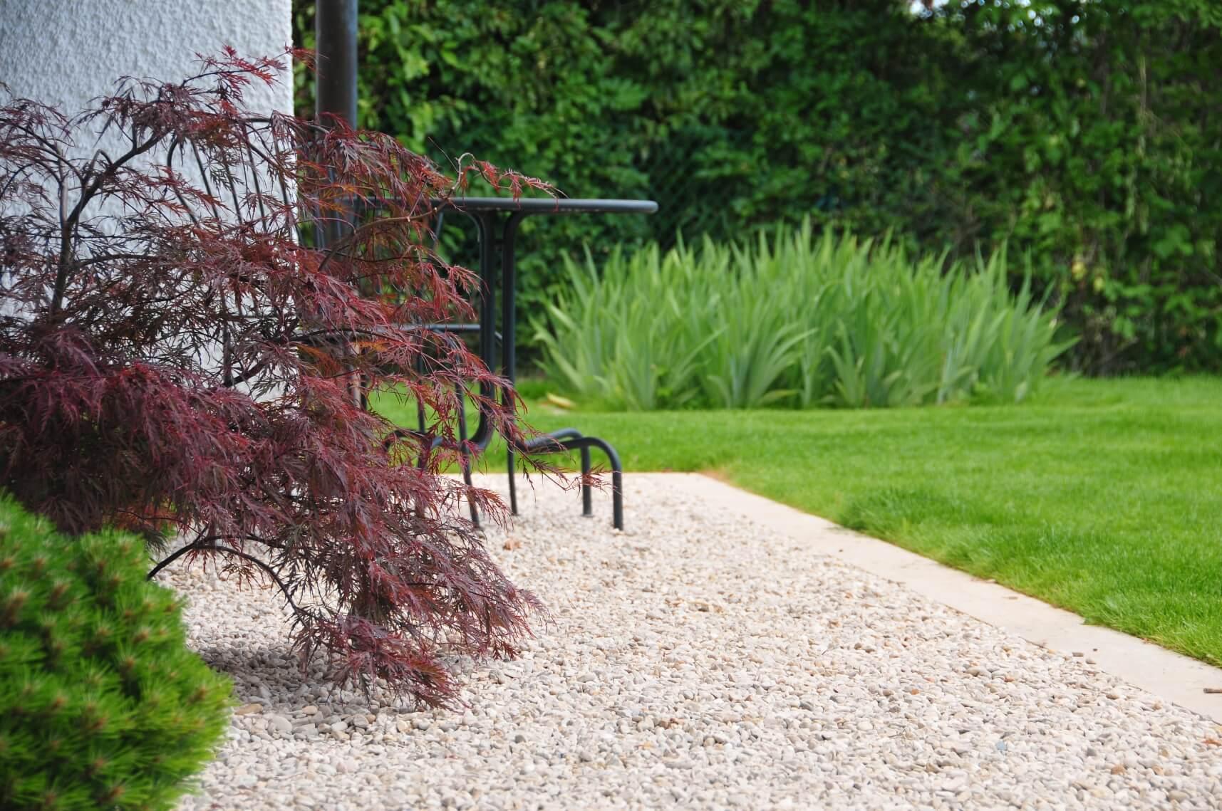 paysagiste tramelan villa terrasse jardin mur en pierres calcaires aellig paysages (2)