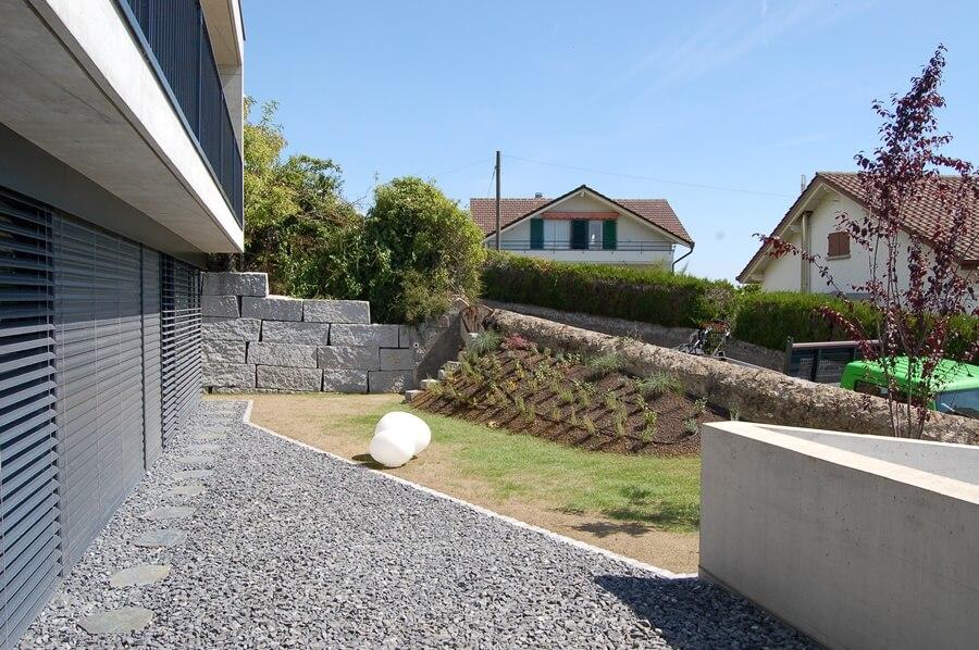 paysagiste qui prend le temps pour clients aellig paysages neuveville terrain espaces personnalises (1)